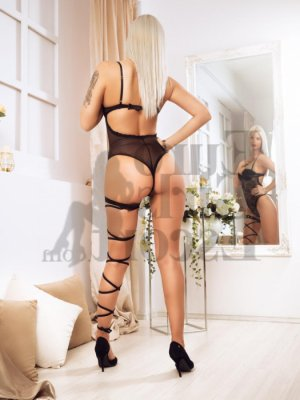 Nitsa independent escort in Portland