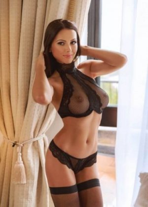 Juana incall escort in Fulshear